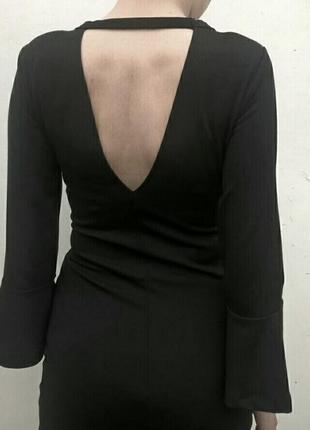 Маленькое чёрное платье бандажное коктейльное платье по фигуре ginatricot