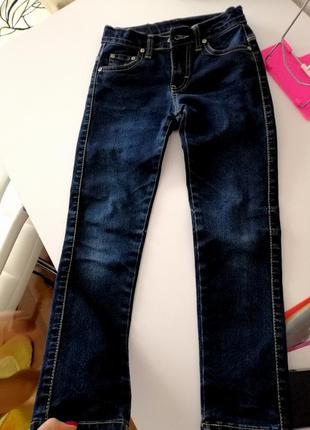Плотные джинсы на девочку