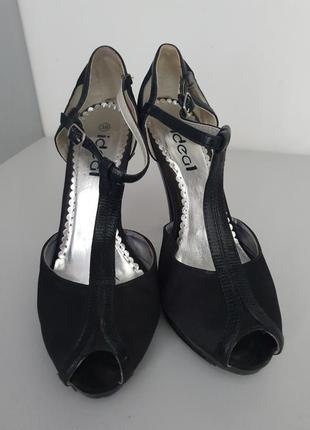 Туфли с открытым носком*