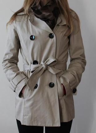 Бежевое пальто jennyfer
