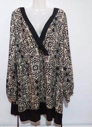 Красивая вискозная блуза раз.28