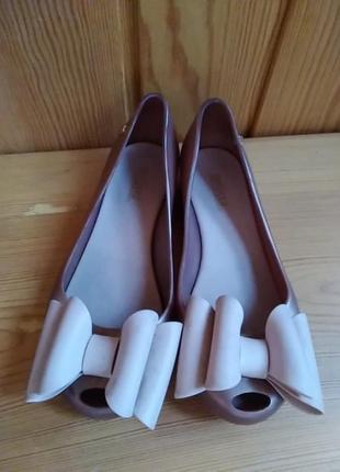 Туфельки резиновые