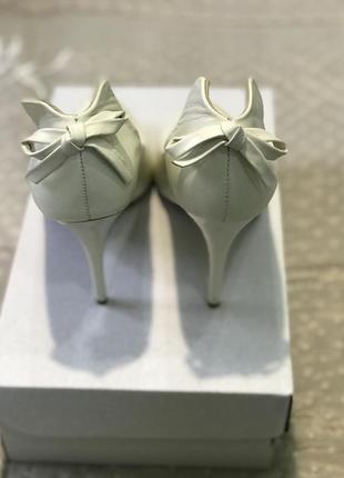 Свадебные туфли 37 р.