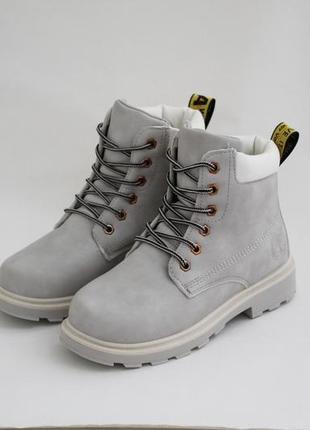 Женские зимние серые ботинки (сапоги, полусапоги) на шнуровках6 фото