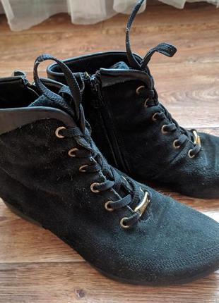 Черные замшевые осенние ботинки 36 р