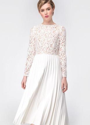 Платье белое must have