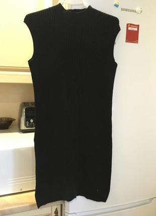 Тёплое платье-туника с разрезами по бокам