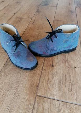 Теплые ботинки дезерты inblu. фетр.
