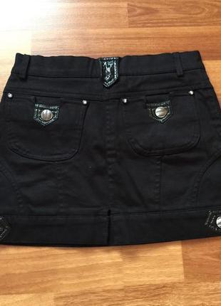 Джинсовая прямая юбка трапеция с карманами