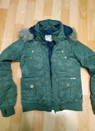 Непромокаемая куртка