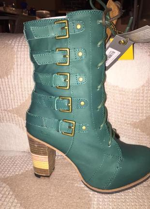 Демисезонные зеленые ботинки на каблуке на шнуровке кожаные сапоги ботинки cat