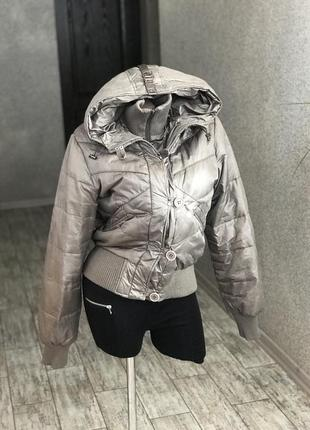 Демисезонные куртки на весну