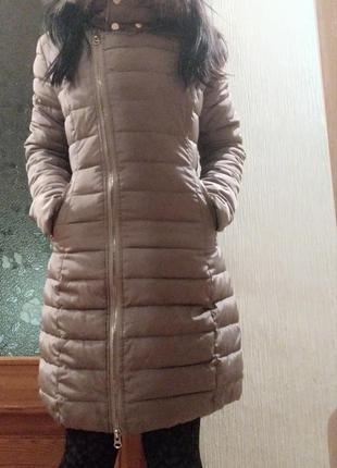 Продам демисезонную длинную куртку
