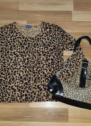 Кофта в модный леопардовый принт