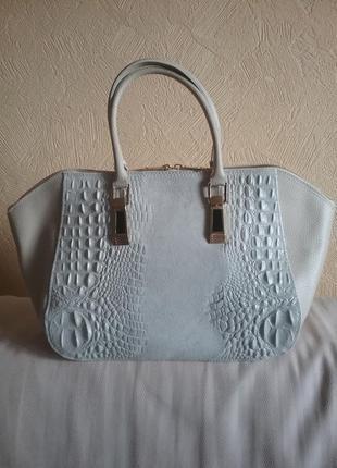 Итальянская кожаная сумка с вставками под крокодила