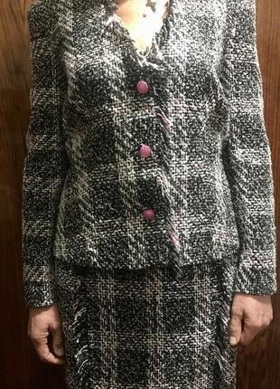 Новый твидовый костюм 42р