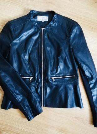 Кожанка куртка с баской