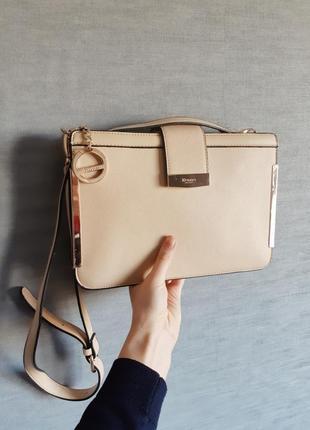 Нова сумка-люкс бежевого цвета на длинной ручке