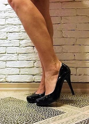 Лаковые туфли schuh
