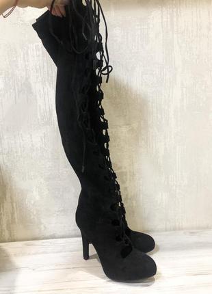 Чёрные ботфорты на шнуровке catwalk