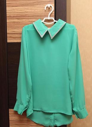 Очень красивая нарядная блузка свободного кроя