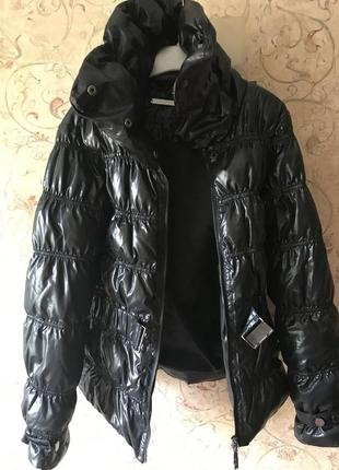 Красивая  модная куртка