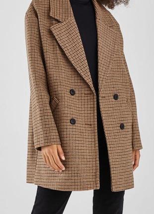 Пальто шерстяное двубортное bershka