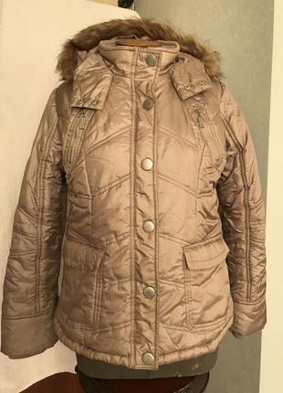 Тёплая куртка 🧥 большого размера,наш размер - 52 + -