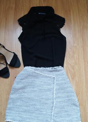 Чорно-біла класична спідниця topshop