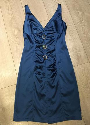 Синее атласное нарядное платье