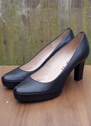 Кожаные туфли лодочки unisa numar 40 р. оригинал