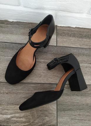 Шикарные туфли босоножки next