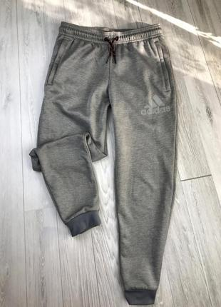 Оригінальні штани adidas