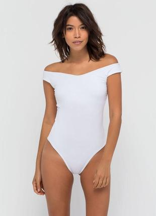 1+1=3 ✨неймовірний текстурований боді білого кольору з спущеними плечима