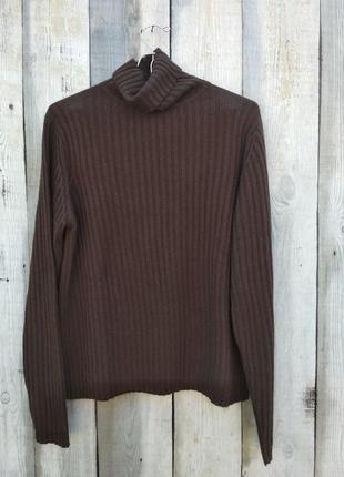 Классний теплий коричневий свитер