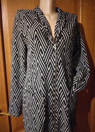 Акция! платье- пиджак etam
