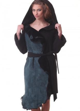 Зимнее изумрудное пальто с капюшоном