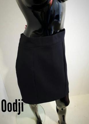 Классическая прямая юбка мини