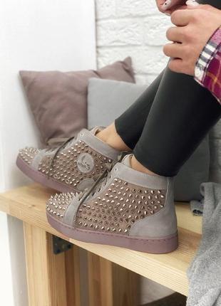 Шикарные женские кроссовки christian louboutin louis spikes