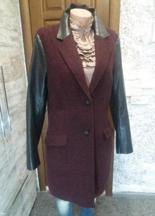 Невероятное фирменное пальто бойфренд с кож рукавами