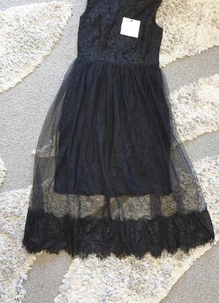 Модное  нарядное платье,с