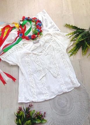Белая блузка - вышиванка фирменная