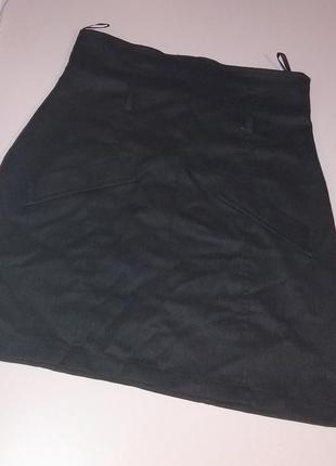 Черная офисная юбка