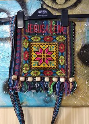 Синяя сумка на длинной ручке в этническом стиле