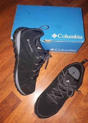 Замшевые кроссовки известного бренда 39 columbia