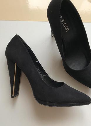 Туфли лодочки на широком каблуке размер 39