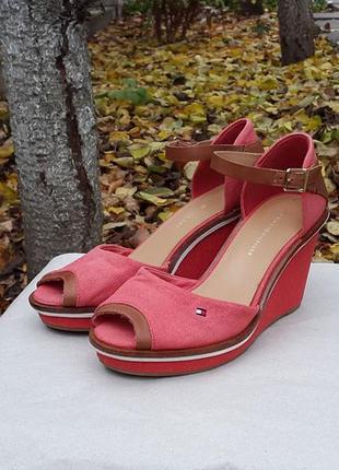Босоножки сандалии tommy hilfiger 37 р. оригинал