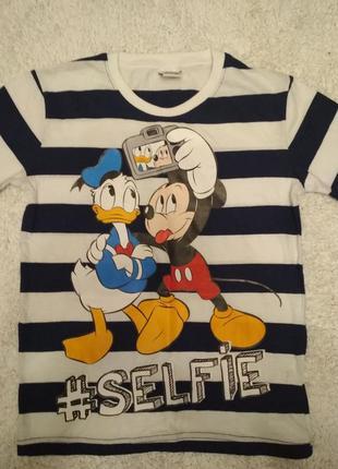 Крута котонова футболка disney