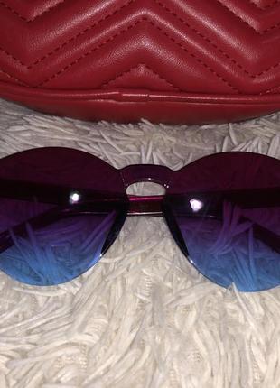 Солнцезащитные женские очки /розовые/фиолетовые/