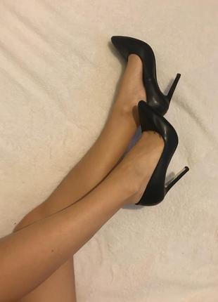 Шикарные туфли лодочки zara
